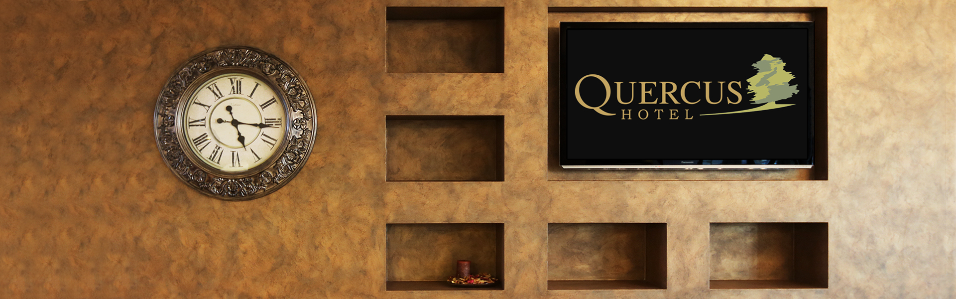 Hotel Quercus Lobby
