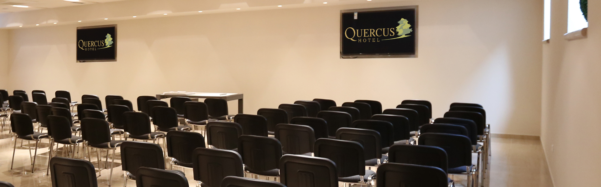 Hotel Quercus Meeting Room